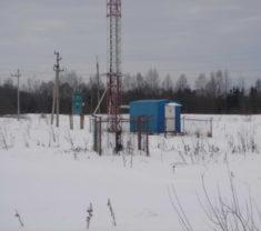 Сотрудники фирмы Меридиан на выезде Тверская область Калининский район Коньково делают работу